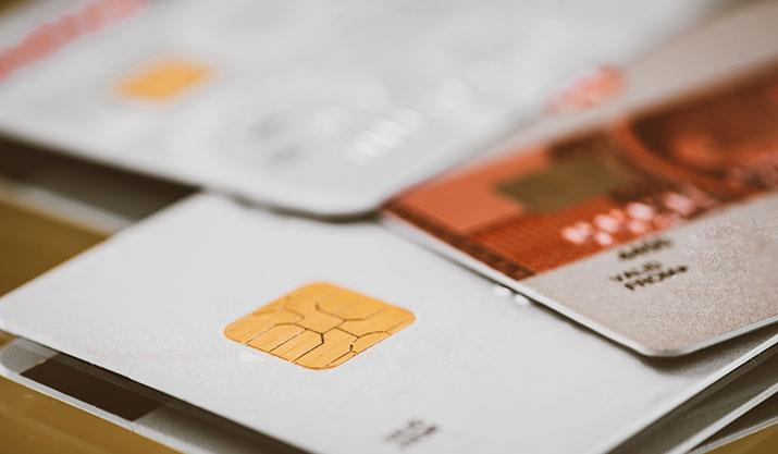 What kind of credit cards should low income earners get?